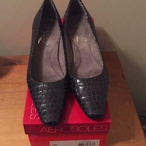 Aero soles cheerful blue croci heels